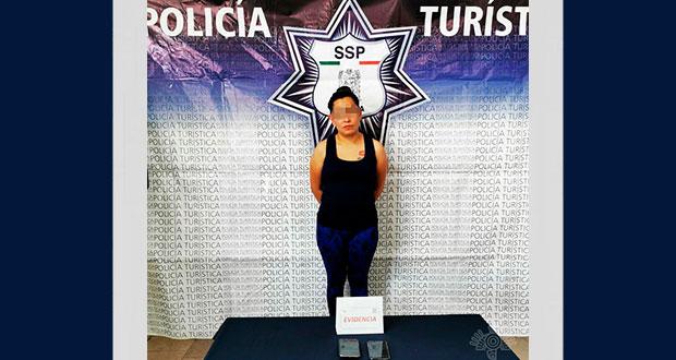 Detiene a mujer por robar celular en bulevar 5 de mayo