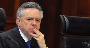 Medida Mora no quiere explicar al Senado su renuncia a SCJN: Monreal
