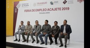 692 personas participan en Feria de Empleo de Acajete
