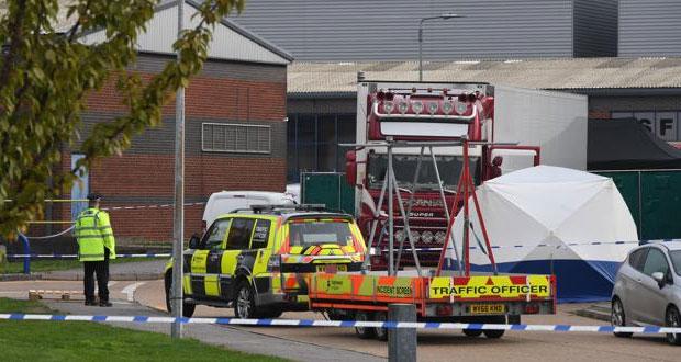 Hallan 39 cadáveres de presuntos migrantes en un camión en Londres