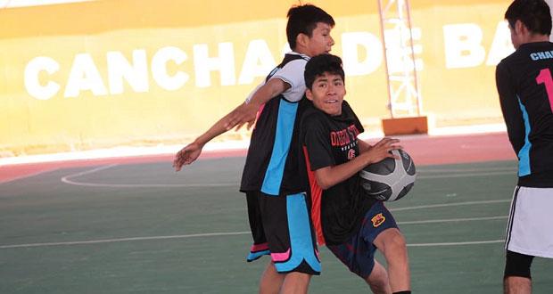 Impulsan deporte en estudiantes de Tecomatlán