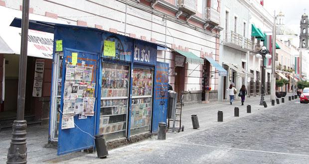 Improcedente obligar a municipios prohibir exhibición de revistas pornográficas