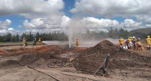 Sofocan fuego controlado en ducto con fuga de gas LP en Tepeaca