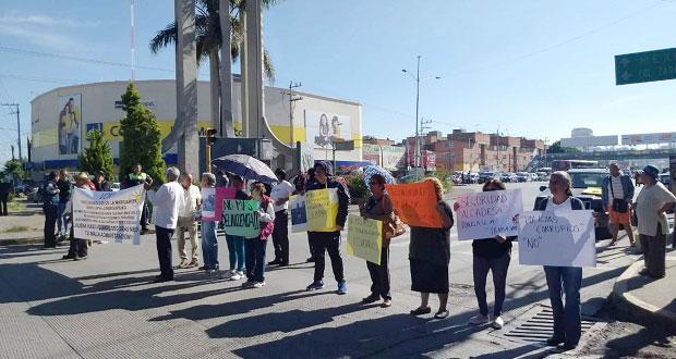Vecinos cierran accesos a La Margarita por falta de seguridad