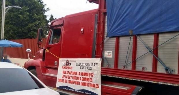 Transportistas de Amotac protestan en San Lázaro; descartan bloqueos