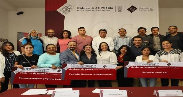 """Dan 4 mdp para programas """"Migrante Poblanos"""" y """"Coinversión Social"""""""