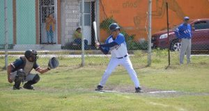 Impulsa Antorcha béisbol para personas mayores en Izúcar