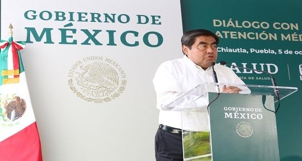 En Chiautla, Barbosa anuncia ampliación del hospital regional