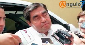 Se asumirá costo político que implique el aumento del pasaje, afirma Barbosa