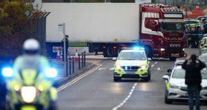 Caen otros 2 sospechosos tras hallazgo de 39 cadáveres en Inglaterra