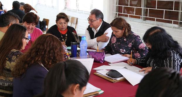 En consejo técnico, escuelas de Puebla analizan materias y enseñanza