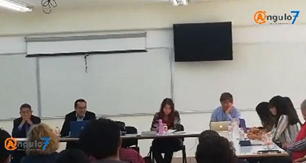 En consejo, tiran formulario ilegal que validaba tesis en Economía de BUAP