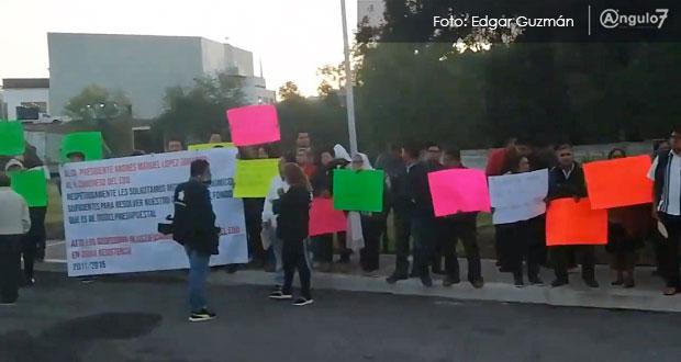 Despedidos por RMV piden a López Obrador recursos para juicios ganados