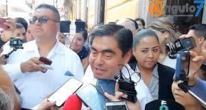"""""""Que se disculpen ellos por rateros"""", dice Barbosa y afirma que no se excusará"""
