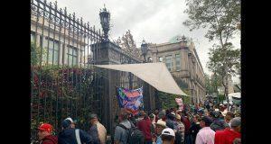 Con plantón, campesinos exigen a Segob titulación de tierras y apoyos