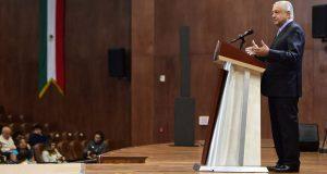 AMLO fustiga a oposición por aplazar revocación de mandato hasta 2022