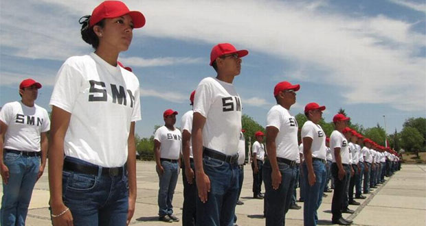 En Senado, PT propone servicio militar obligatorio para mujeres
