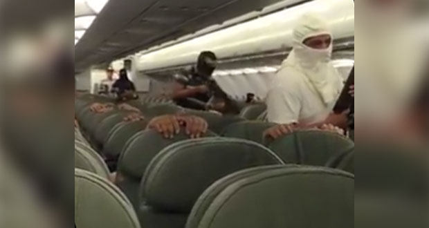 """Difunden video de """"secuestro"""" de avión en Campeche; era simulacro"""