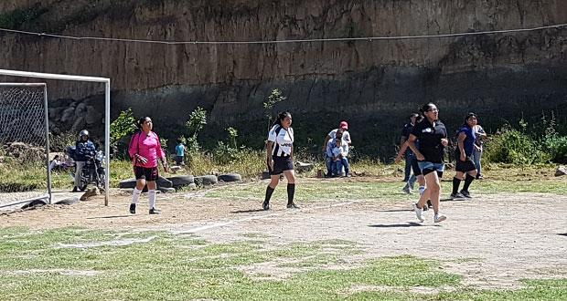 Inicia torneo de futbol rápido al norte de la ciudad de Puebla