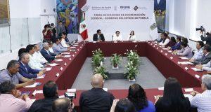 Barbosa y Coneval firman convenio para mejorar políticas públicas