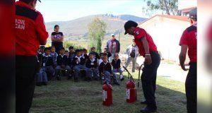 Capacitan a comunidades escolares de Ocoyucan contra incendios