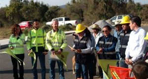 Cemex dona el cemento para 2,200 metros de banqueta en Cuautinchán