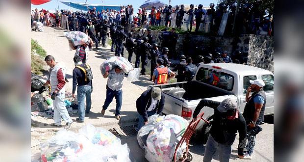 Decomisadas, 15 toneladas de ropa extranjera en San Isidro