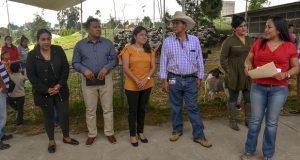 Entrega Cuautlancingo 400 cabezas de ganado a familias vulnerables