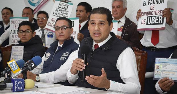 Taxistas piden a gobierno de Puebla regular el transporte ejecutivo. Foto: EsImagen