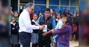 SEP entrega 500 mil pesos a tres escuelas de Ajalpan