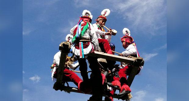 Voladores de Cuetzalan representarán a Puebla en Encuentro de Saberes