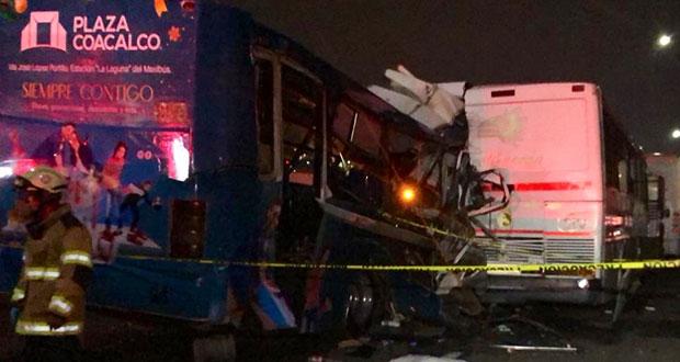 Van 13 muertos y detenido por choque de camiones en la México-Pachuca
