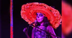 Con concurso de catrinas, Fnerrr mantiene viva tradición mexicana