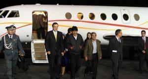 México no intervendrá en política de Bolivia; asilo a Evo es constitucional