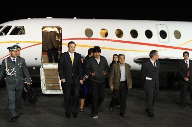Marcelo Ebrard recibe a Evo Morales en México