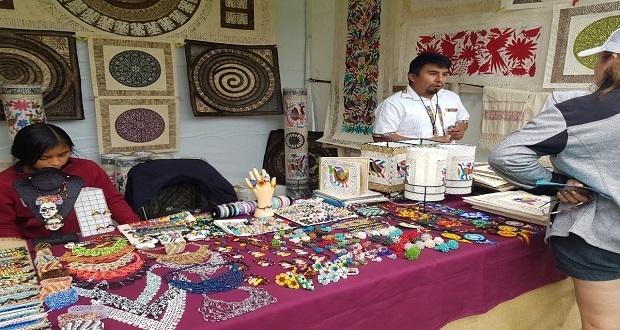 """80 poblanos participan en el evento """"Huasteca en los Pinos"""""""