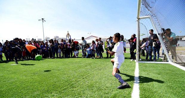 Comuna entrega rehabilitación del deportivo en la Rivera Anaya