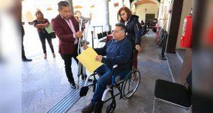 DIF entrega silla de ruedas; siguiente jornada ciudadana, el lunes
