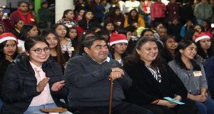 Gobierno licita compra de autobús para alumnas de Normal Carmen Serdán