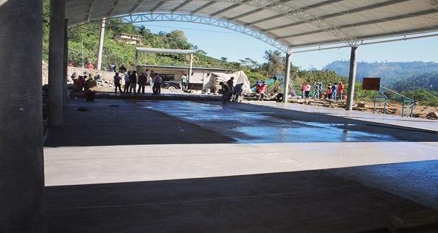 Concluyen obras en preescolar indígena de Huitzilan de Serdán