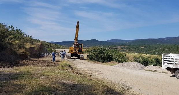Logra Antorcha reinicio de carretera a La Magdalena Tlatlauquitepec