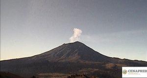 Con actividad mínima, despierta el Popocatépetl