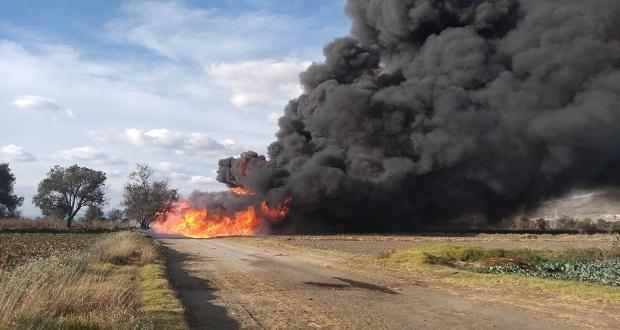 En Tepeaca, inducen incendio controlado por fuga en ducto de gas LP