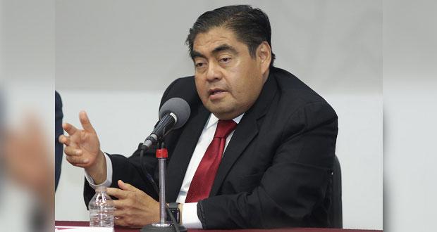 Ajustar cuentas con Agua de Puebla y negociar con Banobras, señala Barbosa