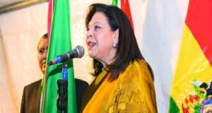"Bolivia expulsa a embajadora de México; ""es decisión política"", revira SRE"
