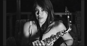 Exigen justicia para saxofonista agredida con ácido en Oaxaca