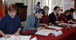 En Comuna, servidores firman decálogo contra violencia de género
