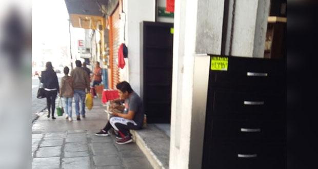 Ambulantes se burlan de norma, sigue venta celulares robados en vía pública