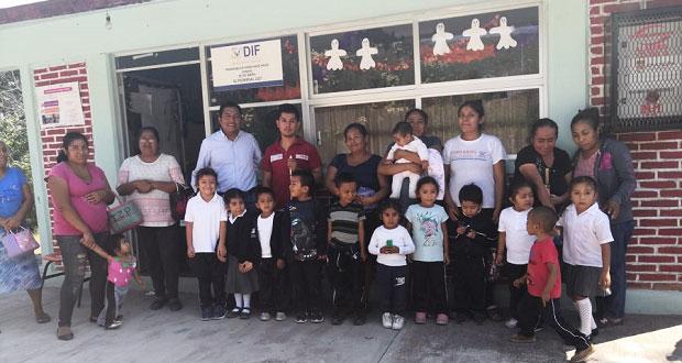 Ayuda Antorcha a preescolar en Epatlán