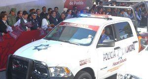 Barbosa entrega de 37 patrullas para atender violencia de género